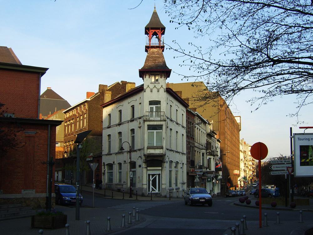 12-BE-HA-Charleroi-Ville-Haute-Boulevard-de-lYser-Rue-de-France-2007-04-05