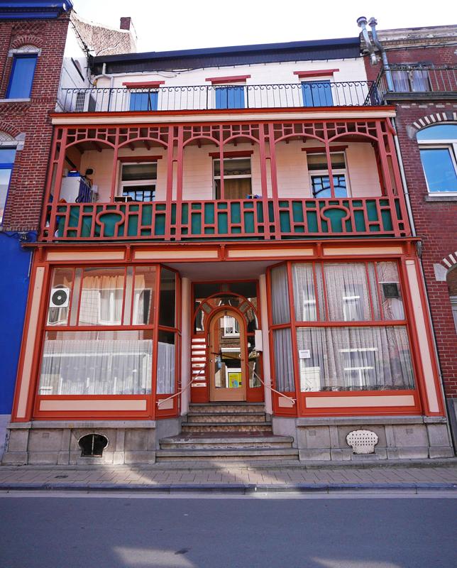 02-BE-BW-Rebecq-shophouses-2012-06-02-1