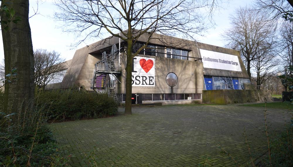 1 NL NB Eindhoven-Woensel-De Bunker-Vincent van den Heuvellaan 2014-01-22 (2)