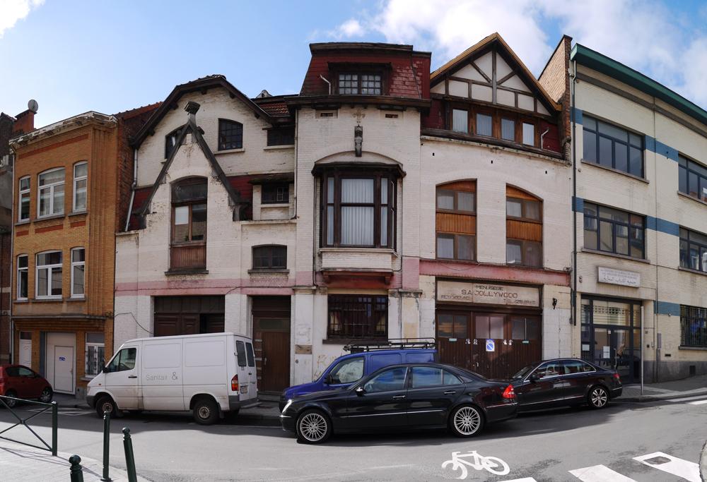 10-BE-Brussels-Koekelberg-Rue-de-la-Vermicellerie-2013-10-10