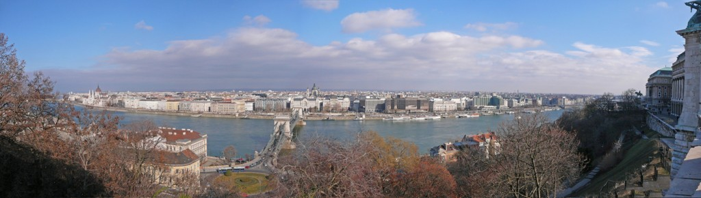 10-HU-Budapest-Danube-2012-02-24
