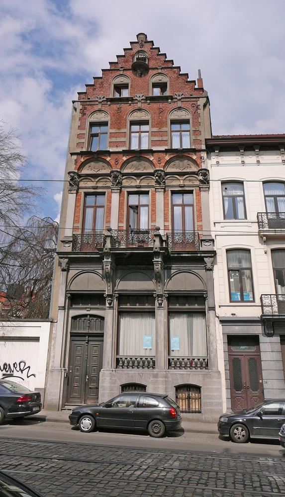 2-BE-Brussels-Etterbeek-Chaussée-de-Wavre-2012-04-13