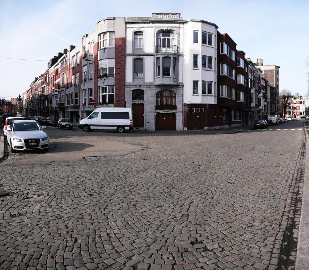 3 24-BE-LI-Liège-Vennes-Place-des-Nations-Unies-2013-02-10-3-s
