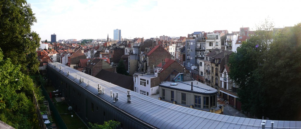 4-BE-Brussels-Ixelles-Avenue-de-la-Couronne-Rue-Kerckx-2013-08-05-1