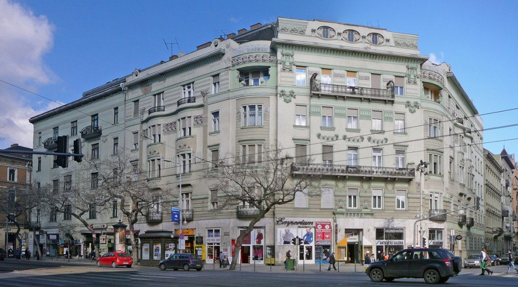 4 HU Budapest-Szent István körút 2012-02-25 (1)