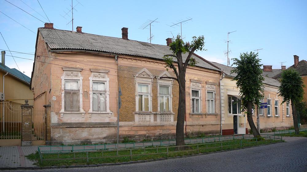 53-UA-ZA-Mukachevo-2012-07-27-4