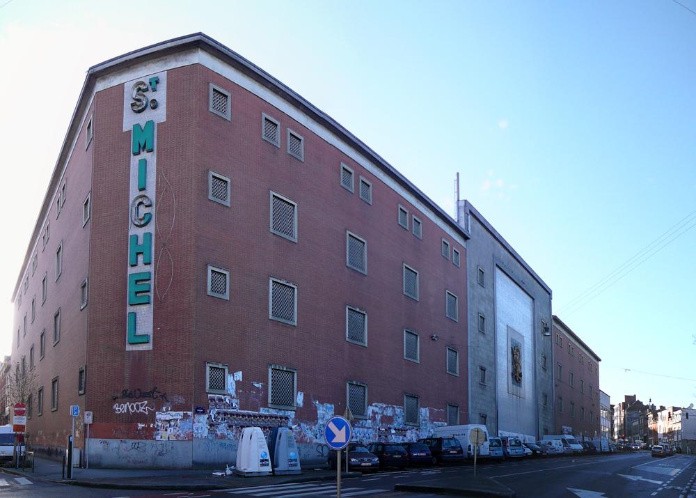 7-BE-Brussels-Laeken-Rue-Picard-2012-11-03-2